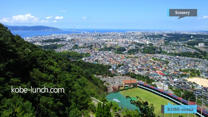 須磨から見る明石海峡大橋
