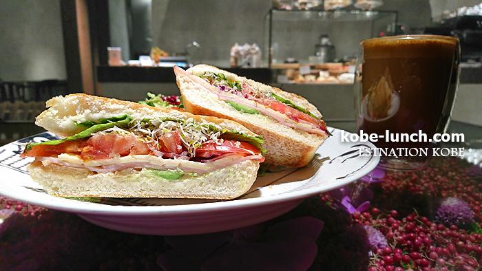 エストネーション神戸 ニコライバーグマン カフェ ランチ