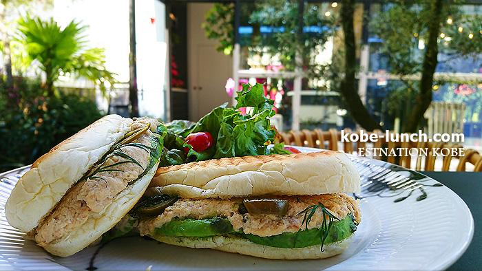 ニコライバーグマンカフェ  nomu kobe