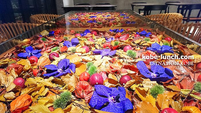 ノムコウベ 花のテーブル